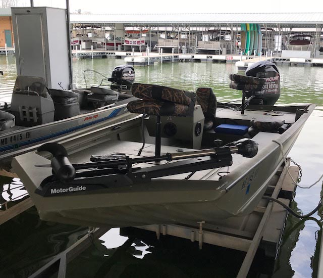 fishing boat rentals on table rock lake